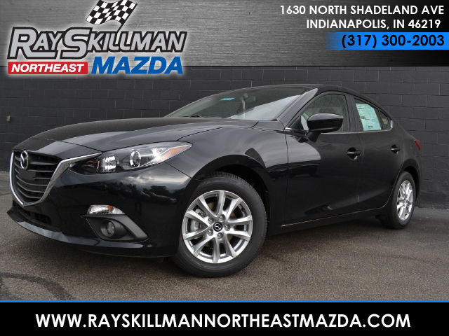 New Mazda Mazda3 4DR SDN I TOUR MT